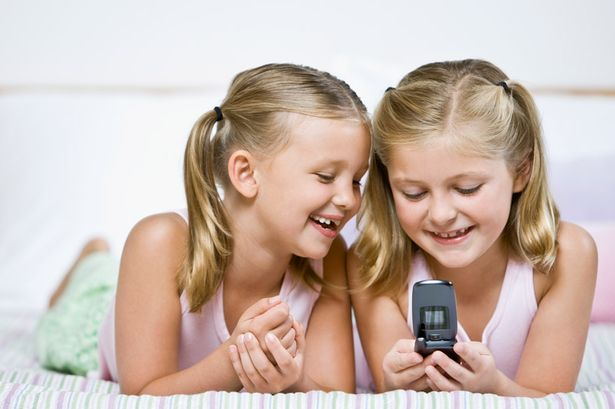 Keep Your Family Safe Using a Smartphone