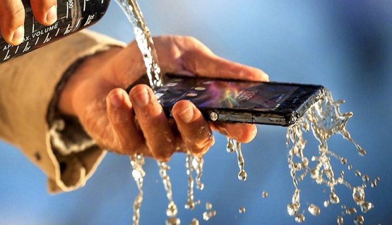 Sony's Xperia Z : A Water Resistant Smartphone